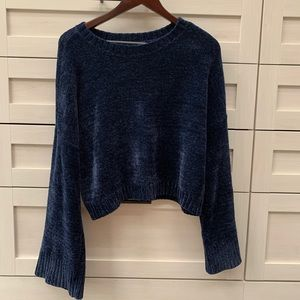 HOLLISTER chenelle navy sweater
